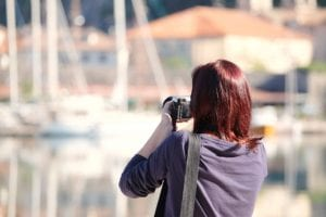 Young girl photographs x